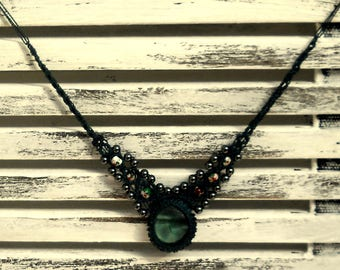 Unique 'Green Mirage' macrame necklace