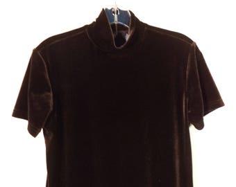 Brown velvet 90s mock neck short sleeve turtleneck// Goth minimalist basic zipper back pullover// Vintage Gap// Women's size medium M