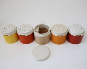Stacking shakers by Tuppaware in harvest colours