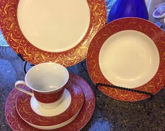 Set of Chris Madden Montalira Red China 5 PC Set