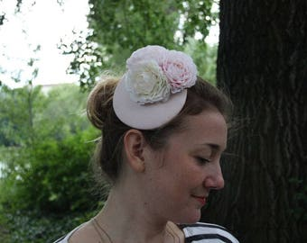 Fascinator delicate pink with two pink and a beige Ranunkel