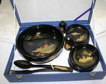 Japanese Black Lacquer Ware,Gold Dust Paint in Original Box. Salad or Rice Bowl 11 piece Set