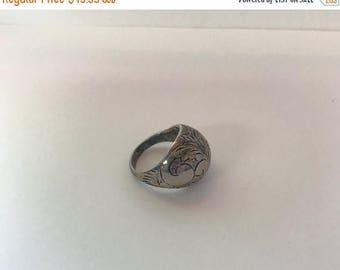 SPOOKTACULAR SAVINGS Vintage Sterling Silver Bulb/ Round top Ring-- Ornate Floral Nature design-- Art Deco-- Native American-- Art Nouveau R
