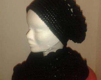 Beret and black crochet Choker