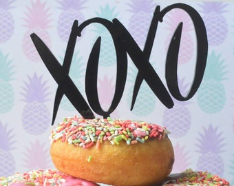 Xoxo cake topper / party / wedding / engagement