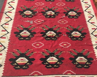 Beautiful carpet 100%wool geometric pattern rug red beige & black color warm vintage rug old big rug retro good for home and restaurant.