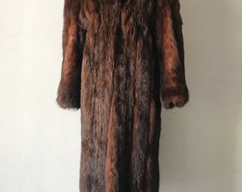Alluring Long Classic Brown Genuine Fox Fur Coat Cozy And Comfy Women's Size Medium.