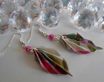 Origami leaf Pearl fuchsia earrings