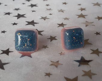 Earrings square blue and pink resin