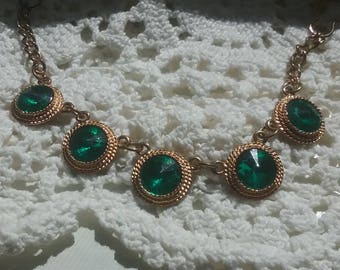 Beautiful vintage emerald green sweater clips