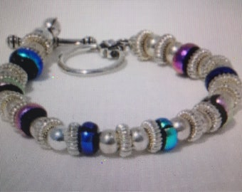 Stunning dichroic and silver bracelet