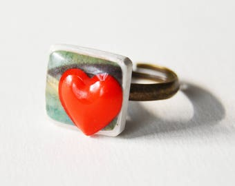 Adjustable red heart ring