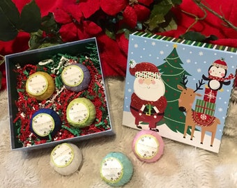 Penguin & Santa Bath Bomb Gift Set - Four Assorted Bathbombs in a beautiful Festive Box - The perfect holiday gift!