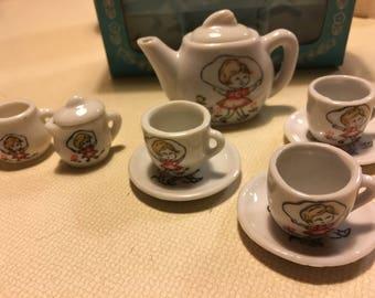 Vintage toy China tea set, Japan