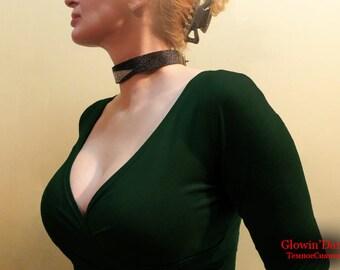 The Stingray curved decorative collar