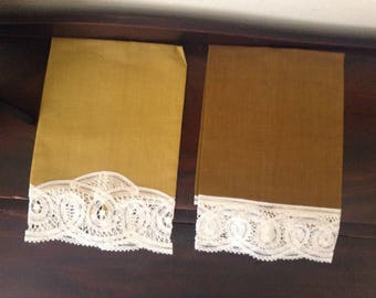 Renaissance lace on pure Belgian Linen,  Guest/hand towels.