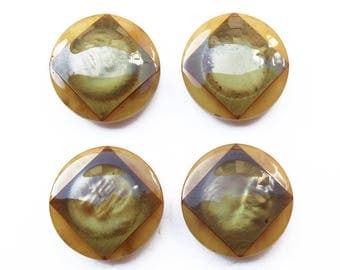 4 large buttons 28 mm