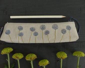 Mini Kit flowers gray / gray and blue pouch for pencils / recycled vintage fabric / gray colored cotton and linen clutch / flower pattern