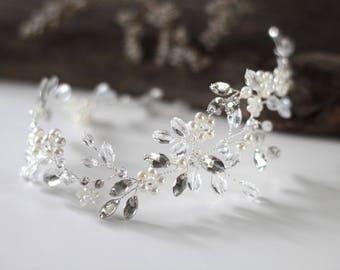 Bridal Hair Vine, Bridal Headpiece, Crystal Bridal Hair Piece, Cristal and Pearl Bridal Headpiece,  Crystal and Pearl Wedding Hair Piece.