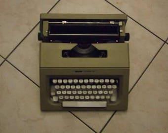 "Rare old Olivetti typewriter ""Letter 25"""