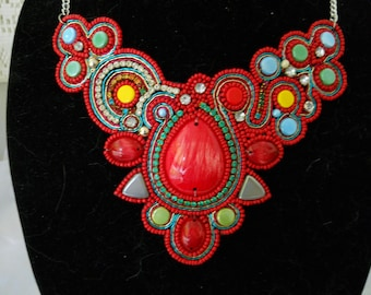 Color Stone Bib Necklace  Earring Set India #330