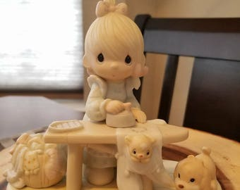 PRECIOUS MOMENT FIGURINES (Dogs and Cats)