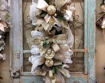 Christmas Swag, Christmas Wreath, Door Swag, Christmas Decor
