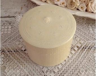 Antique Cream Victorian Celluloid Collar & Cuff Box
