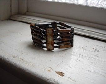 Patterned  stretch bone bracelet