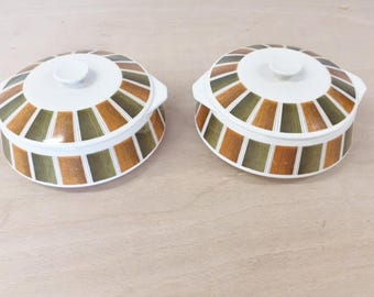 Pair of vintage Mid Century 1960s Tureens by Lord Nelson Pottery (Bermuda design)