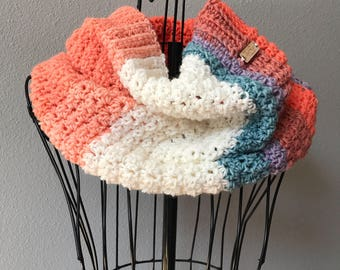 Cowl Scarf, Crochet Scarf, Trendy Scarf, Gifts for Her, Winter Accessory, Fashion Scarf, Striped Scarf, Bulky Scarf, Simple Scarf