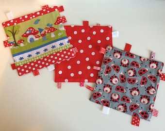 Cuddly wipes with gnomes, dots or ladybugs