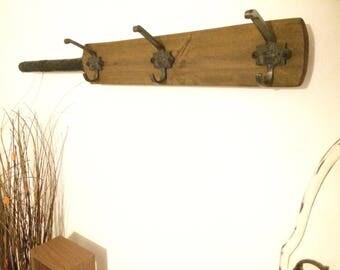 Coat Hooks Rack Wall Hanger Cricket Bat Cast Iron A/M Crown Coat Hooks by Avenue Craft