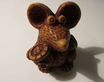 """Adorable Resin Long-Nosed Mouse Focal Bead, 1 1/2"""""""