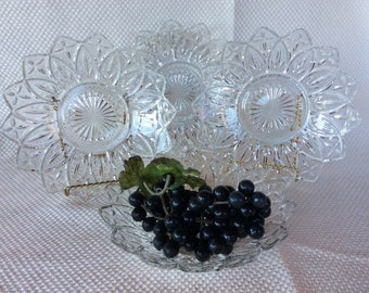 "Vintage Federal Glass Bowl 8 1/4""dia petal-clear pattern 1960 salad berry cereal size bowls"