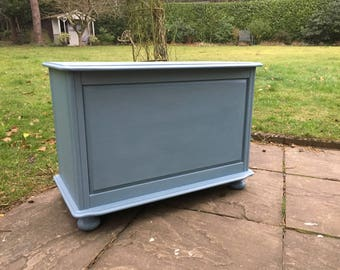 Hand painted solid pine blanket box in nautique blue
