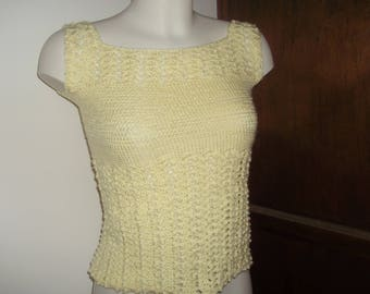 Yellow woman top size 38 crochet