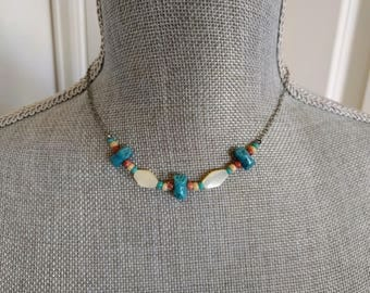 """SUMMER CLEARANCE: Vintage Necklace, Choker, Mother-of-Pearl, Shells, Beads, Silver Chain, Boho Chic, Beach, 15 1/2"""", Eighties, Ca. 1980s"""