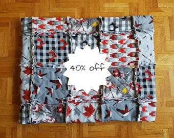 Hockey Baby Quilt, Handmade Quilt, Canada Day Quilt, Goose Baby Quilt, Canadian Baby Quilt, Canada 150 Quilt, Made in Canada Baby Gifts