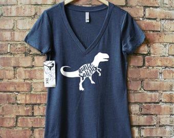 Auntiesaurus Shirt. Baby Announcement Gift. Auntiesaurus V-Neck. Gift For Aunt. Baby Shower. Mothers Day Gift. Family Shirt. Dinosaur Tee.