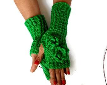 Green Knit Gloves, Women Fingerless Gloves, Women Knit Gloves, Winter Accessories, handmade gloves, crochet Fingerless, Hand Warmer