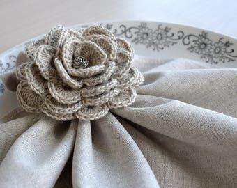 Crochet flower napkin rings or scarf slide, Natural grey linen napkin ring Set of 2 Floral arrangement for cloth napkins