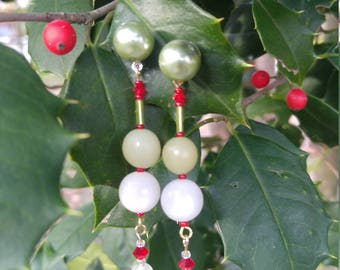 Christmasy dangles - free shipping