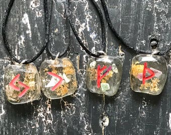 Rune Necklace, Resin Runes Necklace, Viking Norse Heathen Necklace, Moss Crystal Rune Pendant, Thurisaz Kenaz Jera Fehu