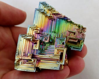 Rainbow Bismuth Crystal 130g Lab Grown Jewelry Display Specimen Educational Metaphysical Metal Healing Stone