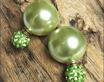 Beautiful and classy green double pearls earrings (French style tribal chic shamballa studs)