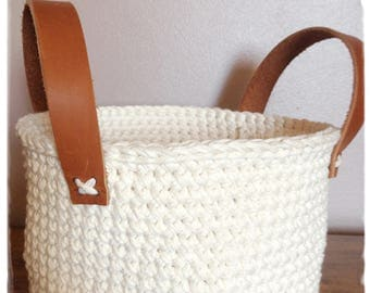 Natural recycled cotton crocheted basket