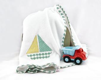Baby blanket with boat - White baby blanket - White fleece blanket