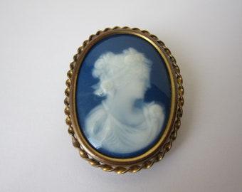 Porcelain Limoges brooch vintage antique Cameo Vintage cameo