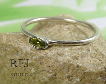 Oval CZ Peridot Silver Ring, Oval Cut Simulant Peridot Ring, Oval Green Cubic Zirconia Ring, Stacking August Birthstone Sterling Silver Ring